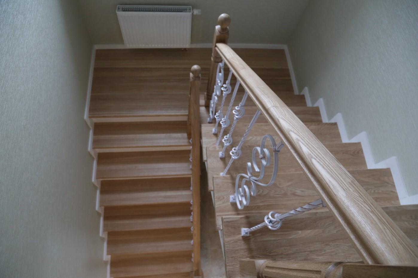 Деревянные п образные лестницы на второй этаж своими руками